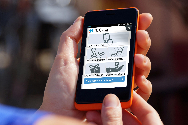 La primera entidad financiera que lanza una app m vil para for Localizador de oficinas la caixa